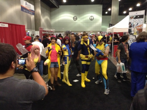 Action pose by the X-Men. What you can't see here is that Wolverine is wearing a Wolverine back-pack.